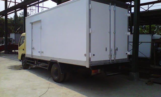 Karoseri mobil box fiber